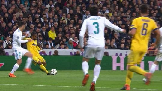 """Presidente da Uefa entende Buffon, mas pede calma com árbitro de vídeo: """"É cedo"""""""
