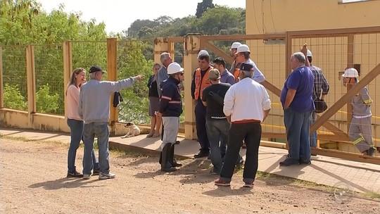 Técnicos da Arsesp se reúnem com representantes da Defesa Civil para discutir sobre usina de Tatuí