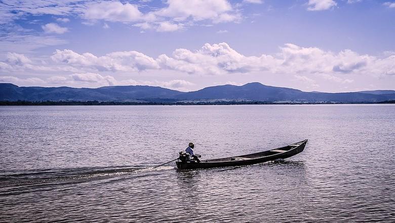 Rio araguaia-tocantins-barco-navegação (Foto: Edivaldo Alves de Sousa/Wikimedia Commons)