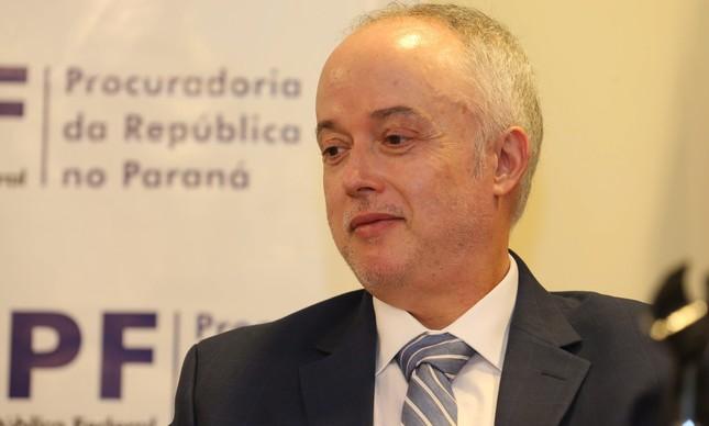 O procurador Carlos Fernando