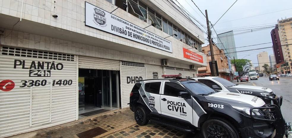 PM preso foi levado para a DHPP de Curitiba para ser ouvido — Foto: Victor Hugo Bittencourt/RPC