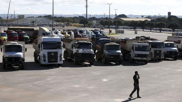 Caminhoneiros protestam contra alta nos preços dos combustíveis (Foto: Marcelo Camargo/Arquivo Agência Brasil)