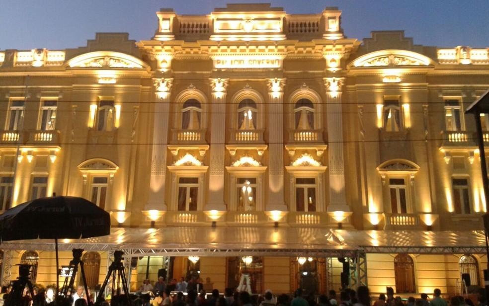 Palácio do Campo das Princesas é a sede do Governo de Pernambuco (Foto: Luna Markman / G1)