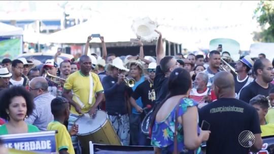 MP recomenda suspensão da 'guerra de espadas' em Senhor do Bonfim durante festas juninas; grupo protesta