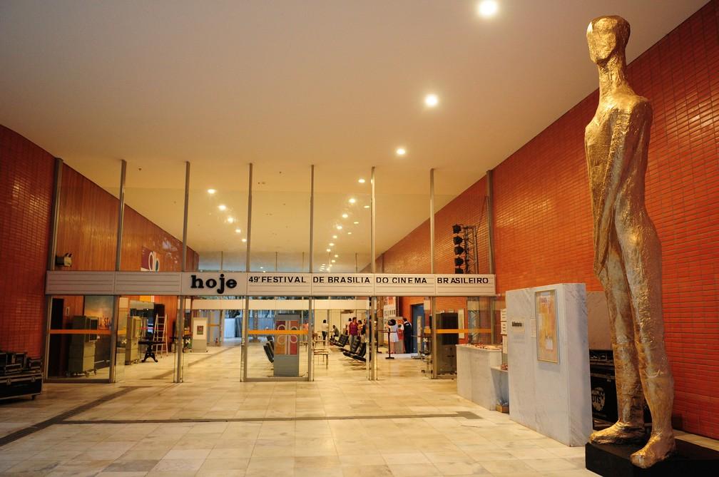 Entrada do Cine Brasília durante a última edição do Festival de Cinema de Brasília (Foto: Pedro Ventura/Agência Brasília)