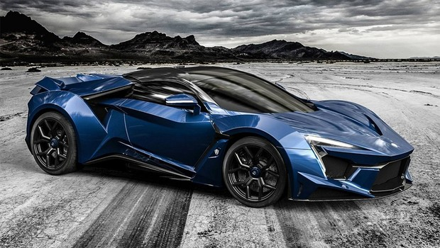 fenyr supersport tem mais de 900 cv e chega aos 400 km  h