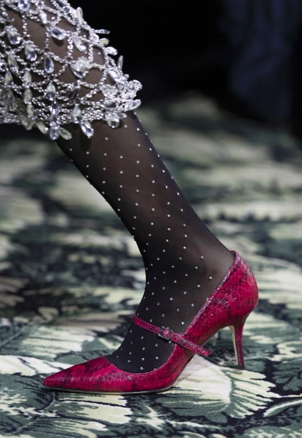 Mary Jane de cobra da passarela de Paco Rabbane para o inverno 2019-20 (Foto: Imaxtree)