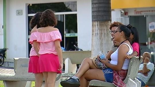Finalistas do Novos Talentos Kids vão às ruas de Goiás para pedir votos