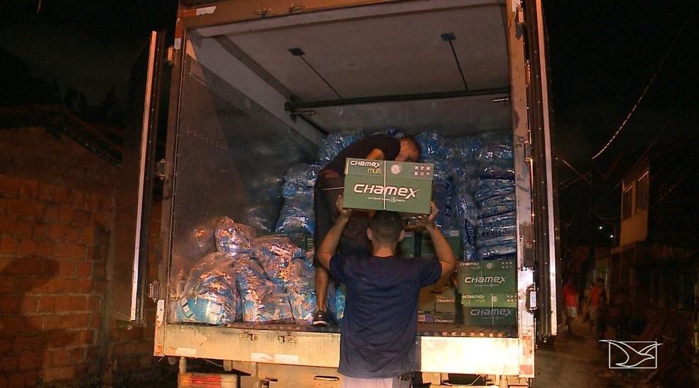 Parte da carga roubada foi encontrada em uma quitinete que fica situada na Rua da Alegria em São Luís — Foto: Reprodução/TV Mirante