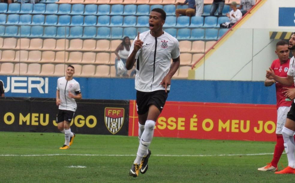 Carlinhos foi artilheiro da Copa São Paulo de 2017 — Foto: Olavo Guerra/Ag.Corinthians