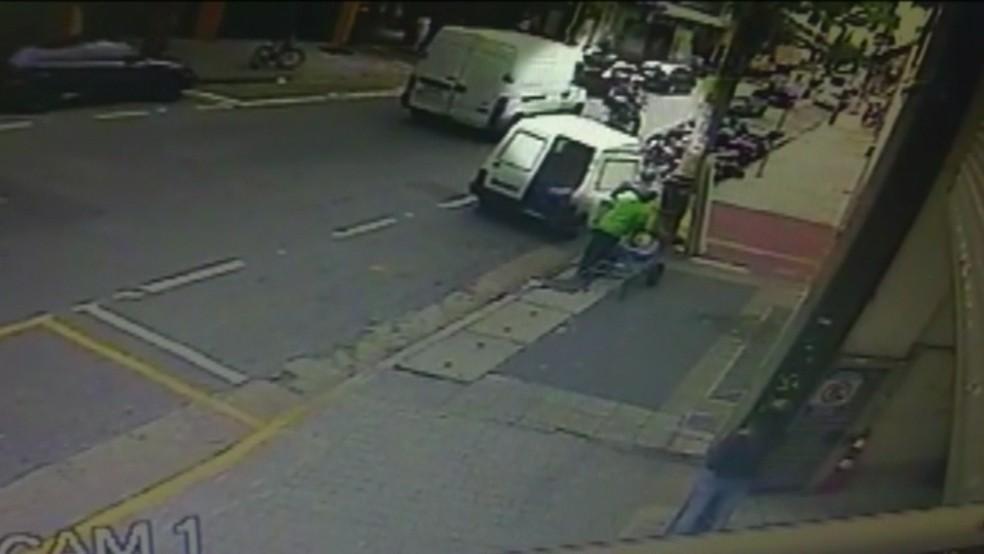PM morre baleado (Foto: Reprodução/TV Globo)