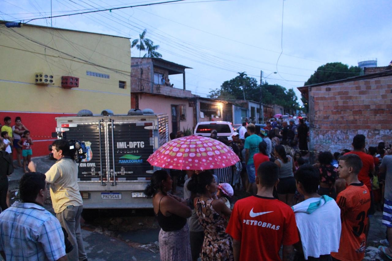 Suspeito de cometer roubo tenta fugir durante abordagem policial, é baleado e morre, diz PC - Notícias - Plantão Diário