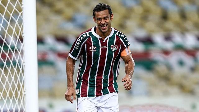 Fred, do Fluminense, comemora gol de número 400 na carreira