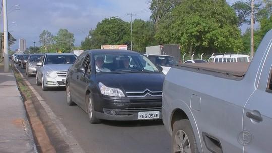 Excesso de veículos é causa de congestionamentos e acidentes em Bauru