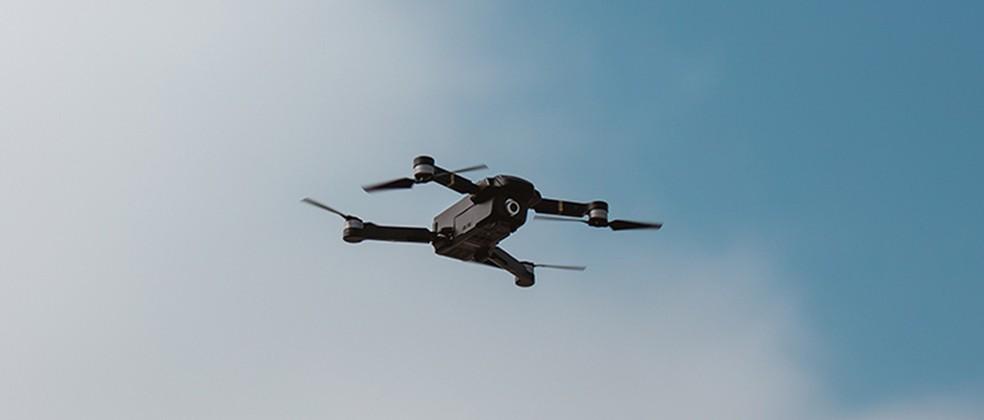 Drones com câmera acoplada podem vigiar pessoas à distância — Foto: Divulgação/Airlango