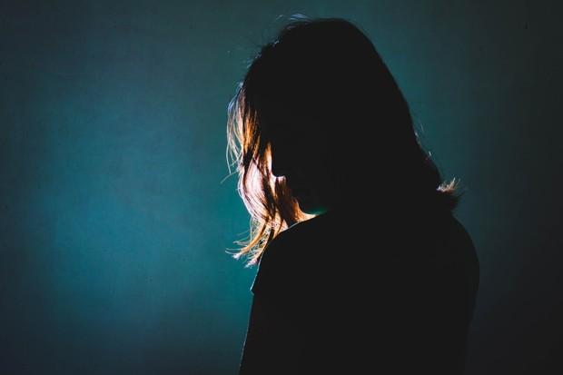 Depois ter sido abusada por um tio na infância, a pernambucana Liliam Altuntas foi traficada para a Alemanha, onde foi novamente vítima de estupros. Hoje, é uma empresária de sucesso (Foto: Thinkstock)
