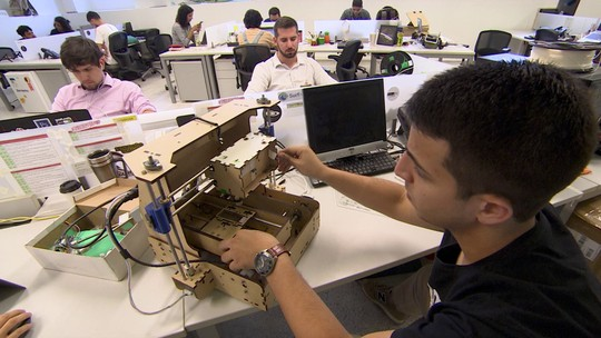 Surfista vira fornecedor de hardware para startups