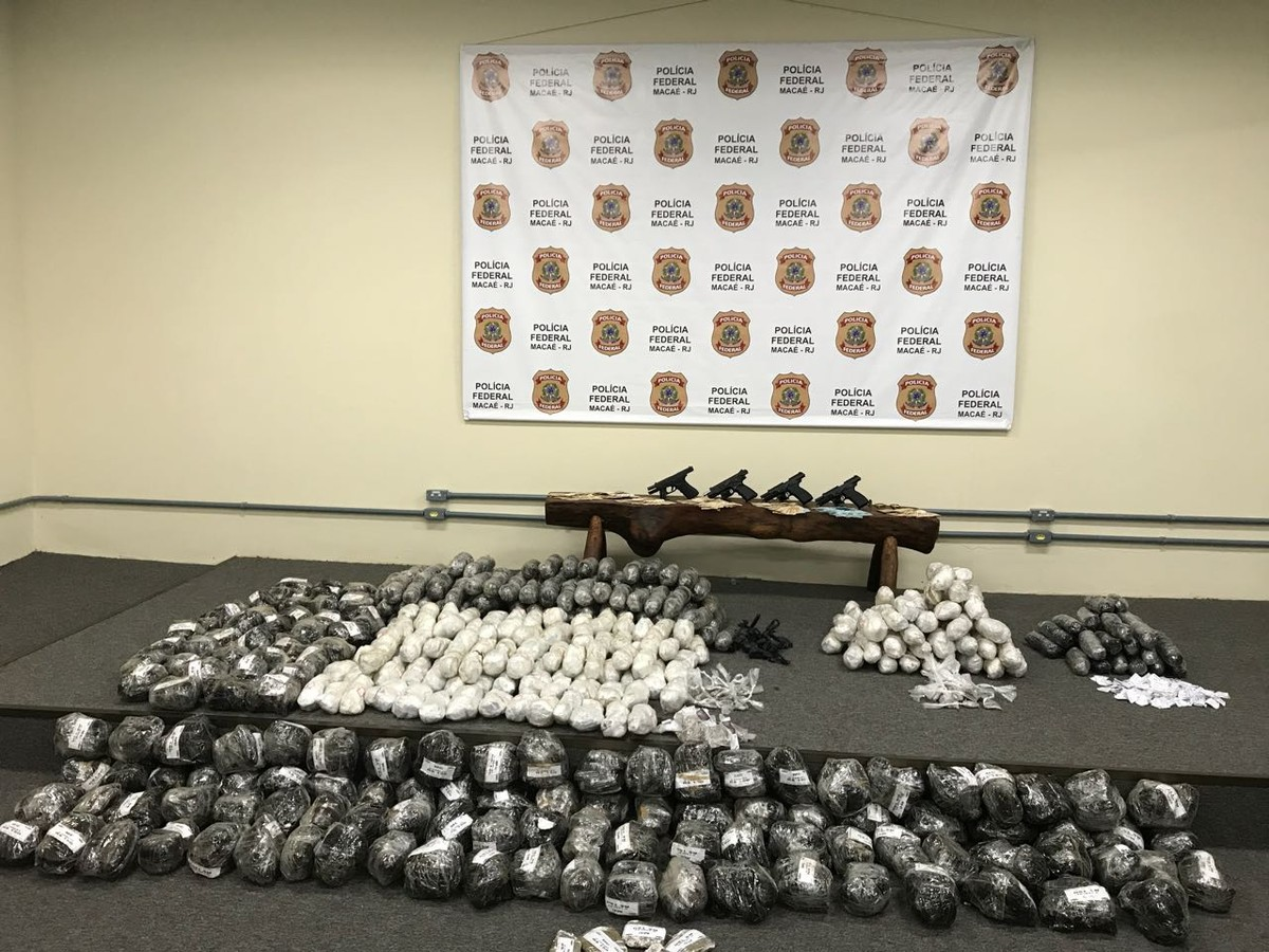 Polícia apreende 96 Kg de maconha e 45 Kg de cocaína em Macaé, no RJ