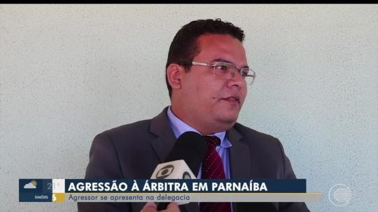 """Advogado de jogador nega violência de gênero em agressão a árbitra: """"Não foi por ser mulher"""""""
