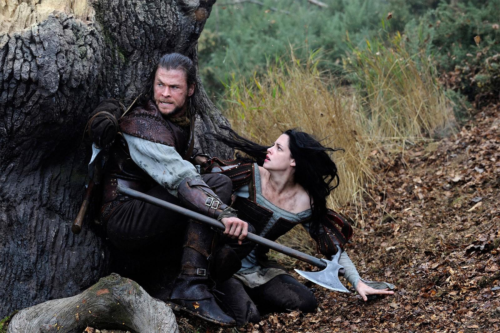 Cena de 'Branca de Neve e o Caçador' (Foto: Divulgação)