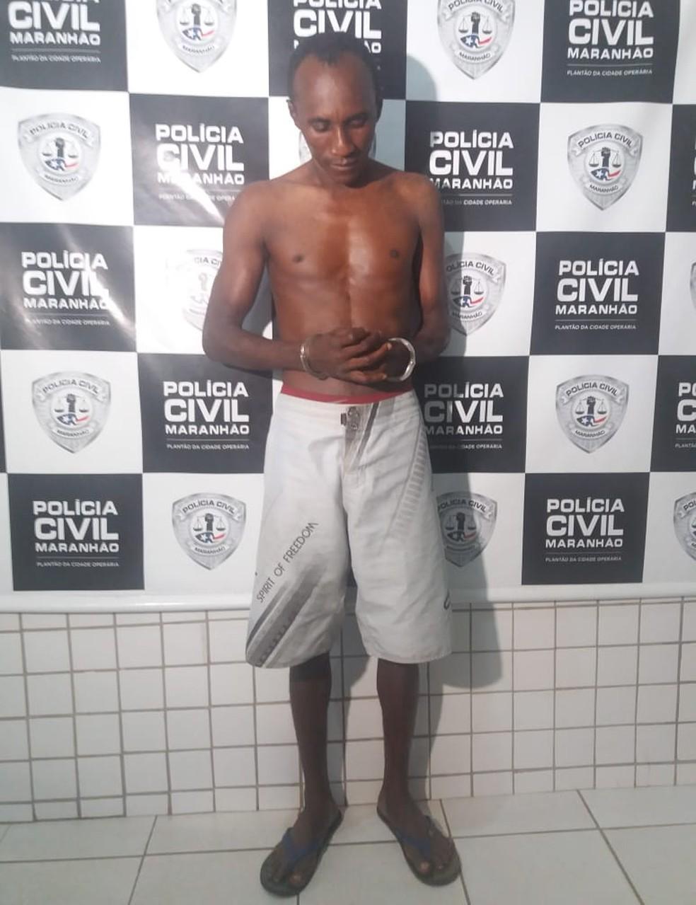 Luís Sodré foi preso por suspeita de manter crianças acorrentadas em cárcere privado em São Luís — Foto: Alessandra Rodrigues/Rádio Mirante AM