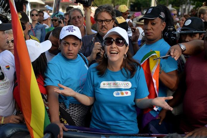 Mariela Castro, filha do ex-presidente cubano Raúl Castro, participa de marcha contra a homofobia em Havana, em imagem de arquivo — Foto: Yamil Lage/AFP