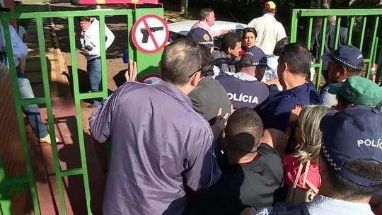 Apoiadores de Guaidó ocupam  embaixada da Venezuela em Brasília
