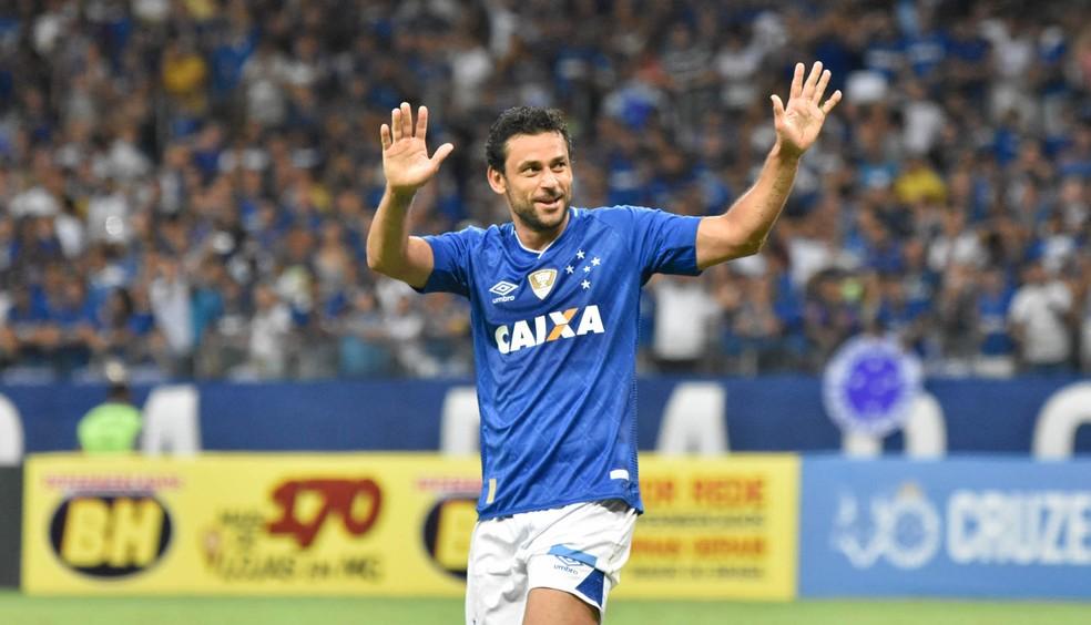Fred comemorou os três pontos conquistados no reencontro com a torcida cruzeirense (Foto: GUSTAVO RABELO/PHOTOPRESS/ESTADÃO CONTEÚDO)