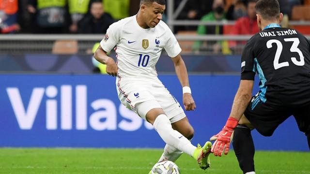 Mbappé marcou o segundo gol da França na vitória sobre a Espanha, na final da Liga das Nações
