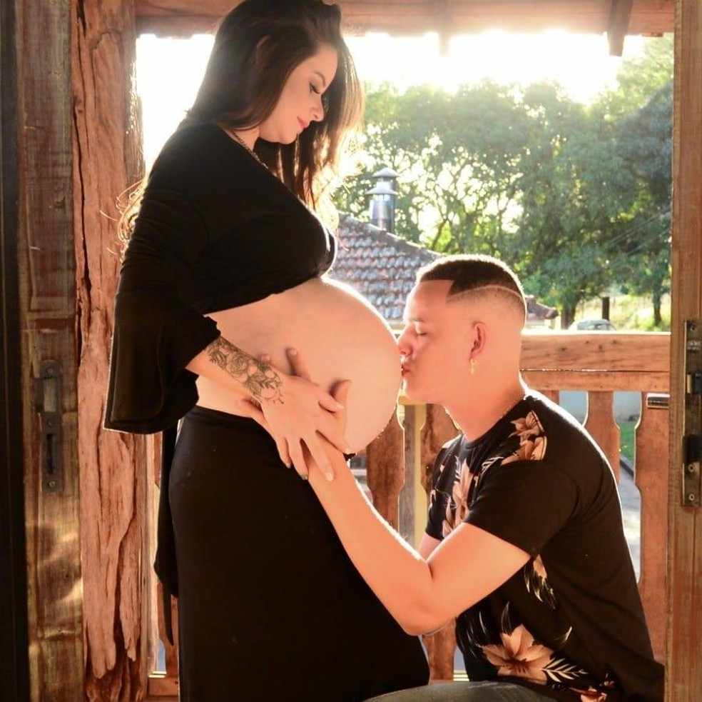 Larissa deu à luz meninos gêmeos em hospital de Botucatu — Foto: Arquivo pessoal