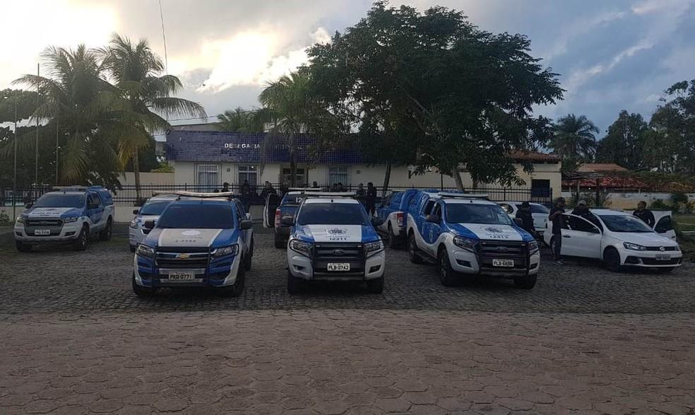 Operação Cronos II prendeu 63 suspeitos e apreendeu 3 adolescentes  — Foto: Divulgação/Polícia Civil