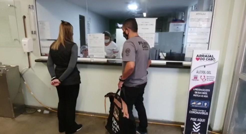 Polícia Civil cumpre mandados de prisão em operação contra desvios e fraudes na Saúde de Arraial do Cabo, no RJ — Foto: Divulgação/Polícia Civil