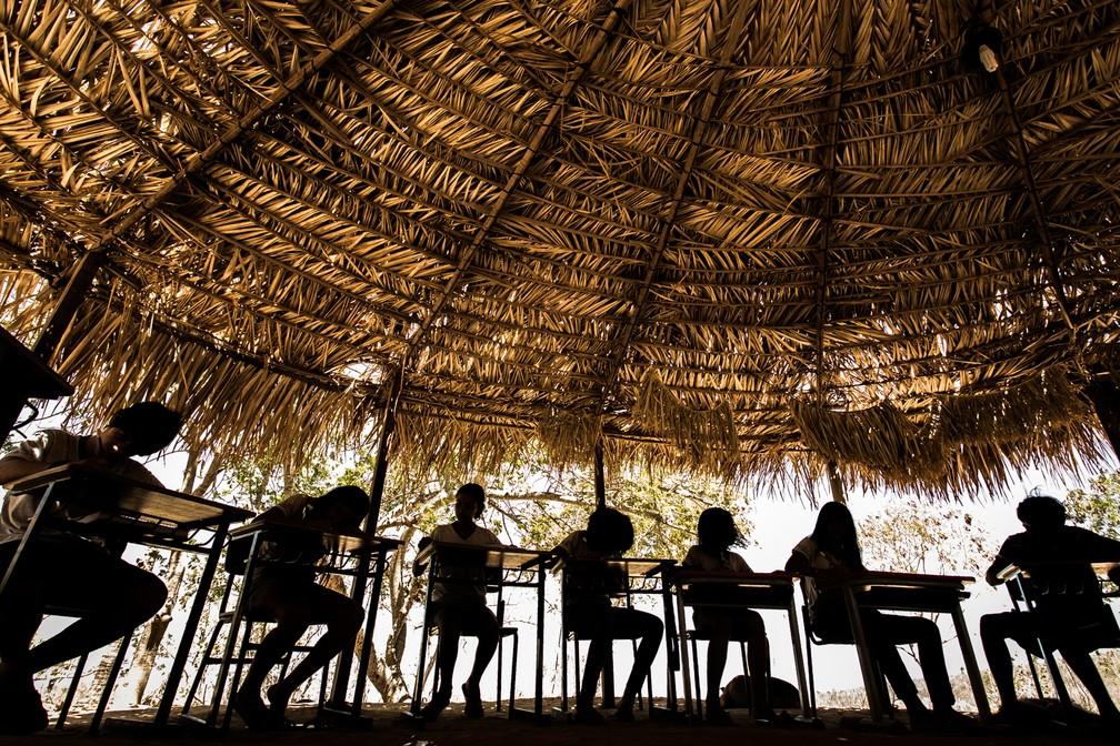 Indígenas deverão comprovar vínculo com comunidades para disputar vaga no vestibular da Unicamp — Foto: Jonathan Lins/G1