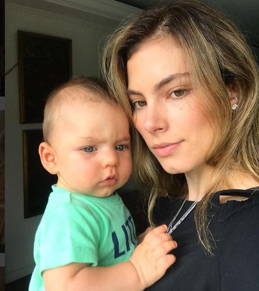 Bruna Hamu com o filho, Julio (Foto: Reprodução Instagram)