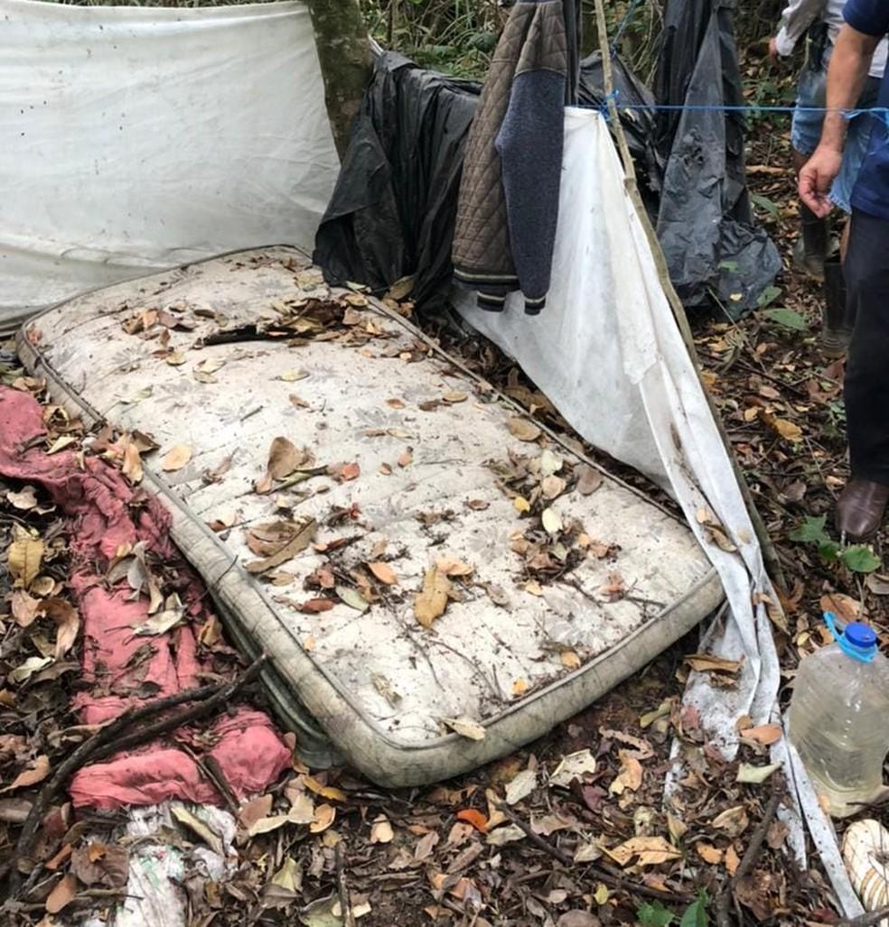 Segundo a polícia, Lázaro Barbosa de Sousa tinha dois esconderijos na região do Incra 9, no DF — Foto: Polícia Civil do DF / Reprodução