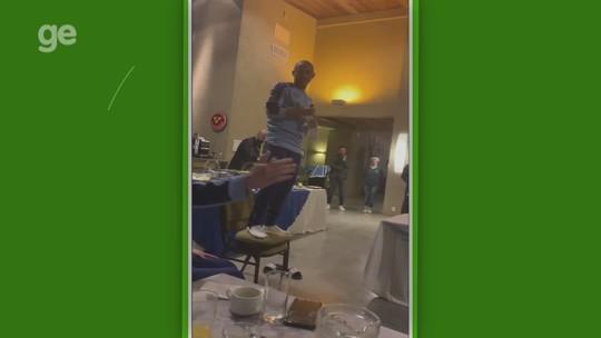 """Após """"trote"""", jovem do Grêmio afirma driblar mais que Renato: """"Vi o DVD dele"""""""