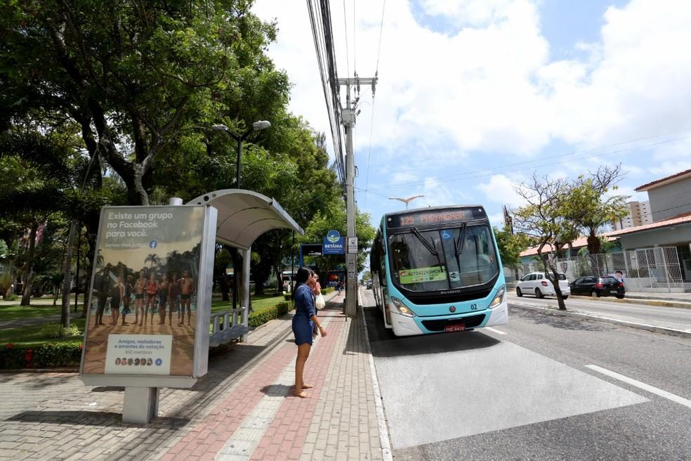 Gratuidade em ônibus de Fortaleza para apenados em regime aberto, semiaberto ou liberdade condicional foi viabilizada por parceria. — Foto: Sistema Verdes Mares/Arquivo