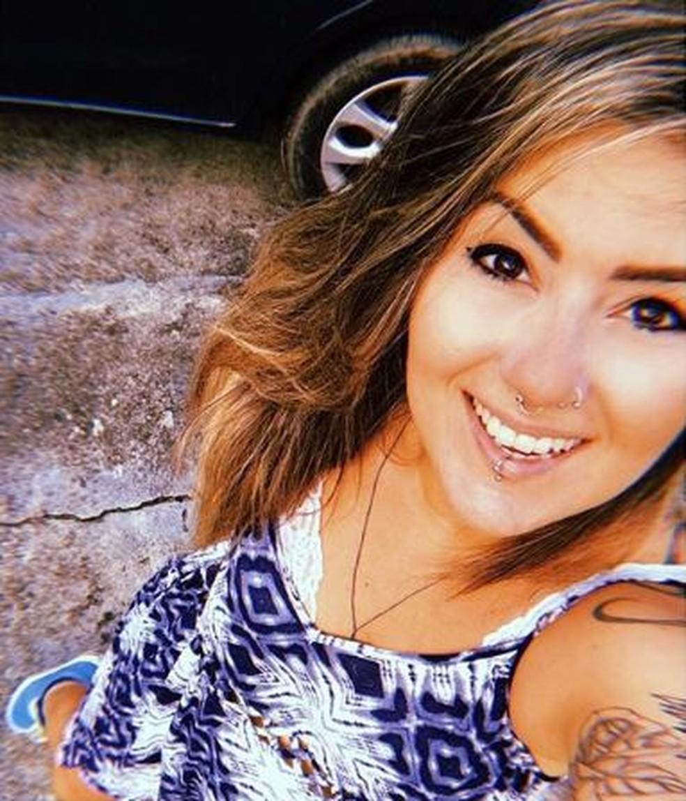 Nayana Costa foi morta enquanto saía do trabalho, no Bairro Parangaba, em Fortaleza (Foto: Arquivo Pessoal)