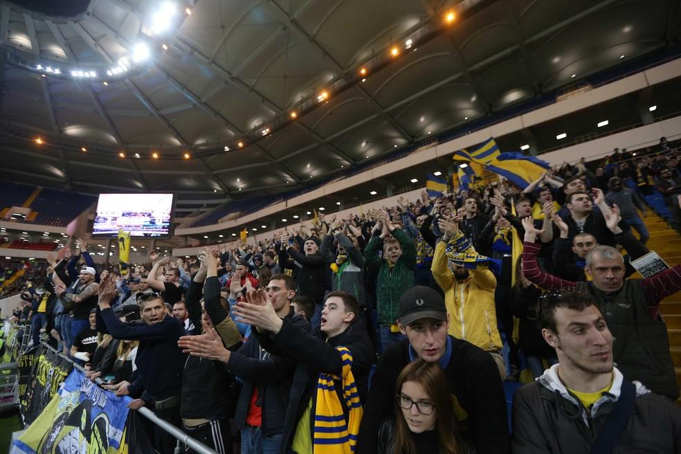 Palco da estreia do Brasil na Copa, Estádio de Rostov é inaugurado neste domingo (Foto: Reuters)