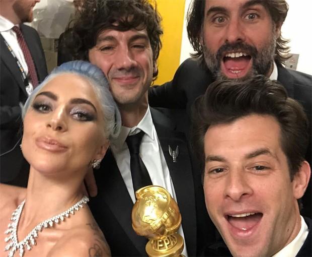 Lady Gaga, Mark Ronson, Anthony Rossomando e Andrew Wyatt (Foto: Reprodução / Instagram)