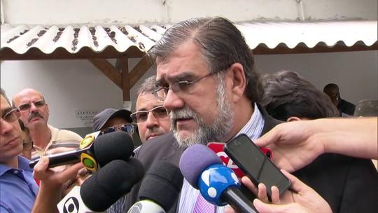 Garotinho evita banho de sol para não encontrar Cabral e Picciani em presídio no Rio, diz advogado