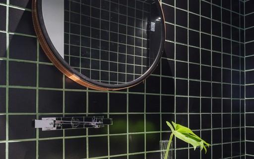 Decoração de banheiro pequeno: 12 ambientes para se inspirar