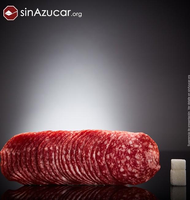 120 gramas de salame contém 6 gramas de açúcar (Foto: Sin Azucar/ Reprodução)