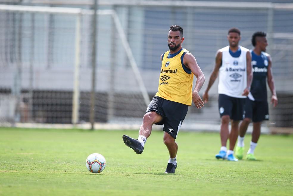 Maicon é o principal passador do Grêmio neste início do ano — Foto: Lucas Uebel / Grêmio FBPA