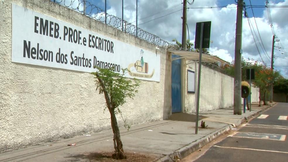 Emeb Professor e Escritor Nelson dos Santos Damasceno em Franca, SP — Foto: José Augusto Júnior/EPTV