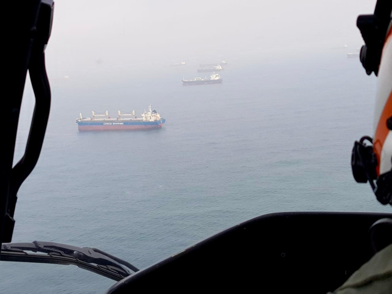 Megaoperação da Marinha apreende embarcações e flagra pesca irregular no litoral de SP - Notícias - Plantão Diário
