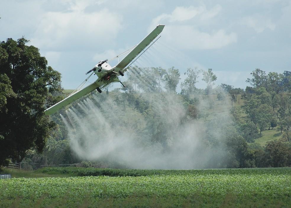 Brasil está consumindo agrotóxicos já proibidos em vários países (Foto: Divulgação)