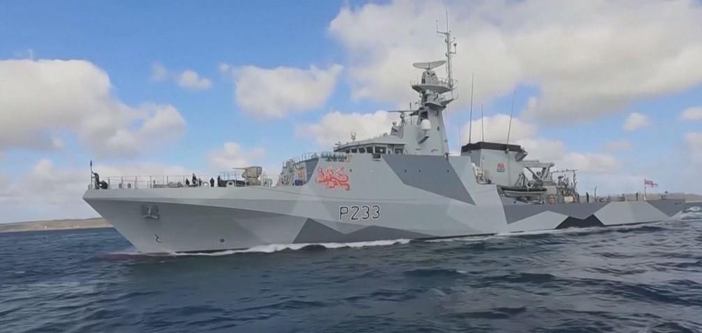 França e Reino Unido deslocam embarcações de guerra para a ilha de Jersey — Foto: Reprodução/TV Globo