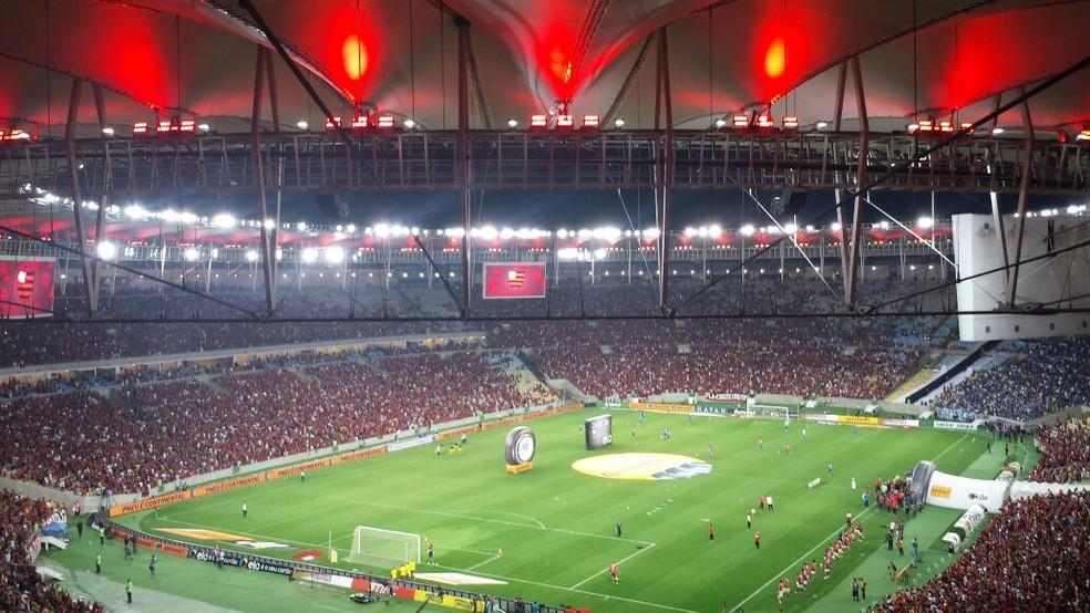 A diretoria do Flamengo ainda avalia se vai mandar o clássico de volta com o Fluminense, pela Sul-Americana, no Maracanã  (Foto: Jamille Bullé)