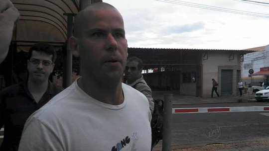 'Vida normal', diz defesa de acusado de matar Joaquim após liberdade